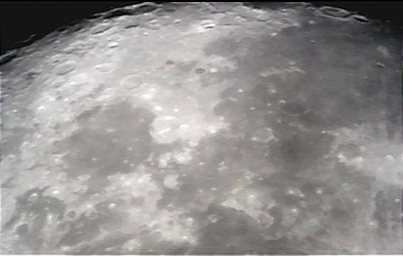 Photo Lune 29 aout 2012 après traitement - Yannick DEVOS