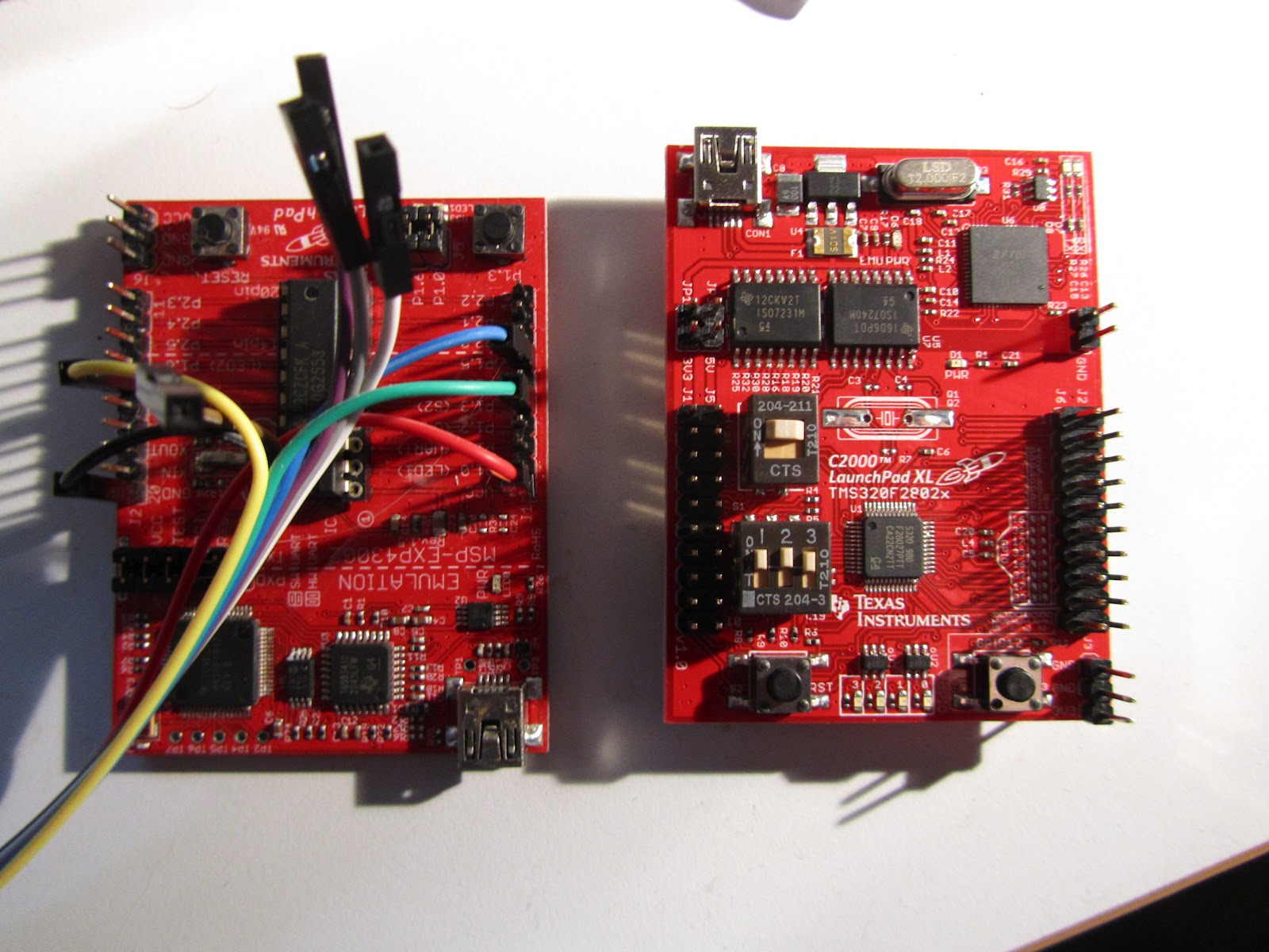 LaunchPad MSP430 et C2000 - Image Francesco Agosti