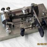 Restauration d'un manipulateur Mecograph 3 par G3YUH